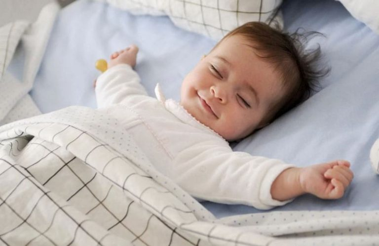 happy-sleeping-baby