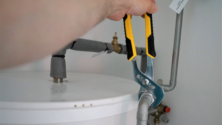 connecting-the-water-heater