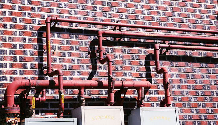water-pipes-on-the-wall